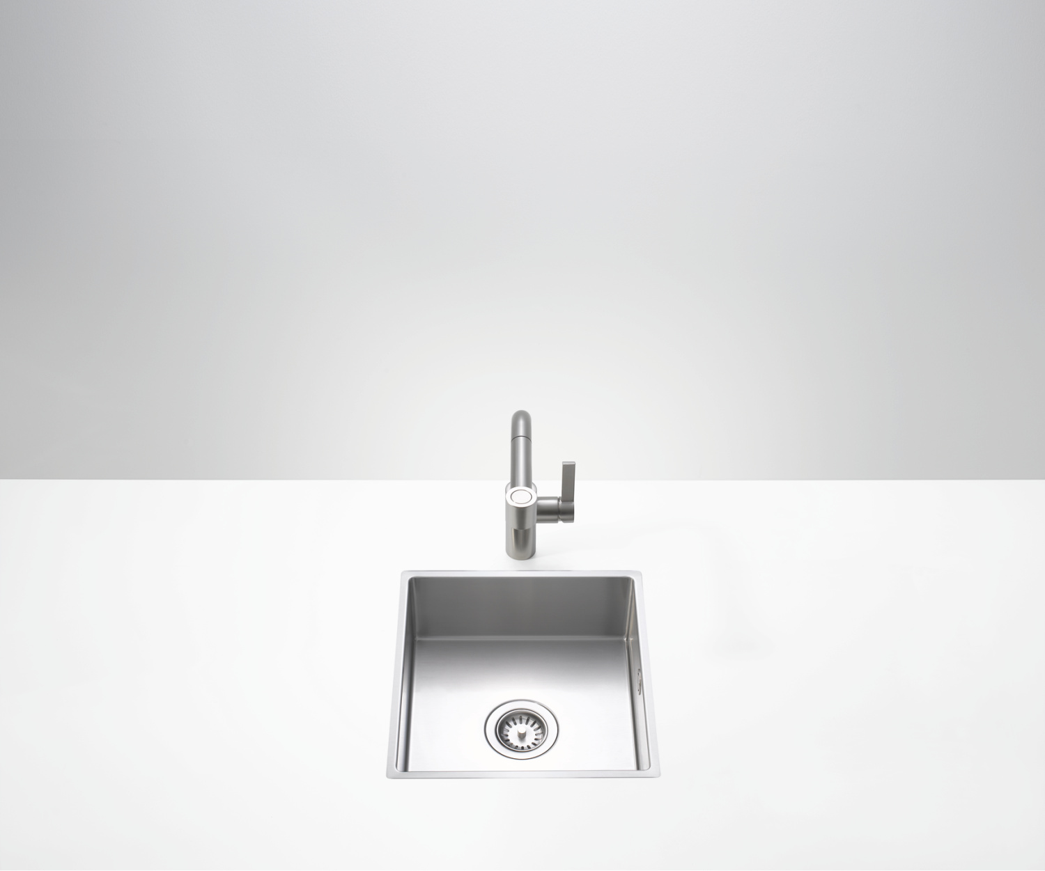 Single bowl sink - matte stainless steel - 38 041 000-86
