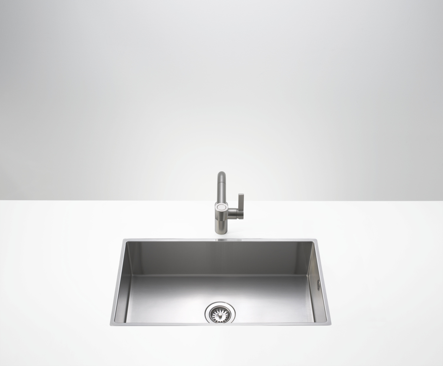 Single bowl sink - matte stainless steel - 38 101 000-86