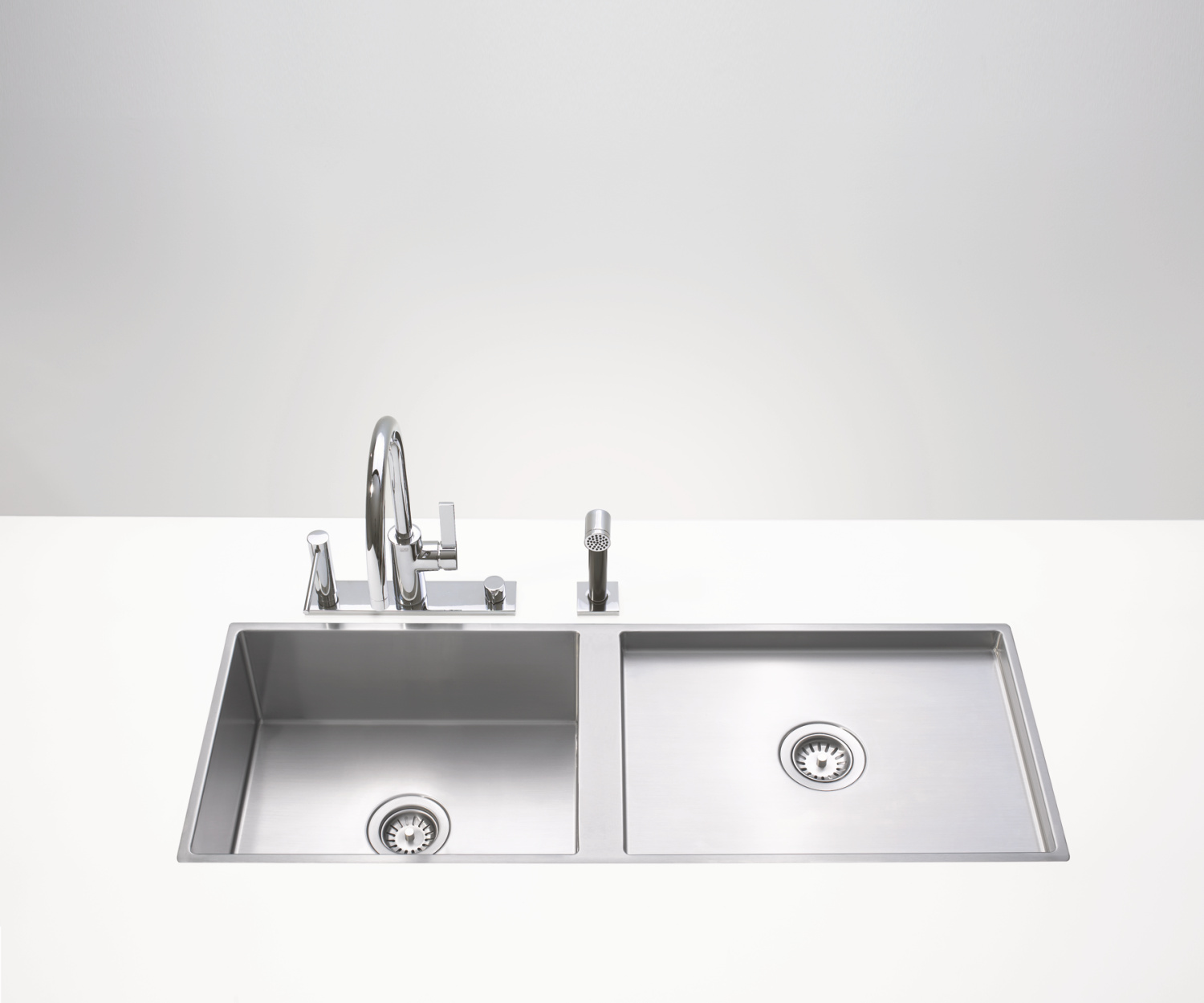 Dual basin - matte stainless steel